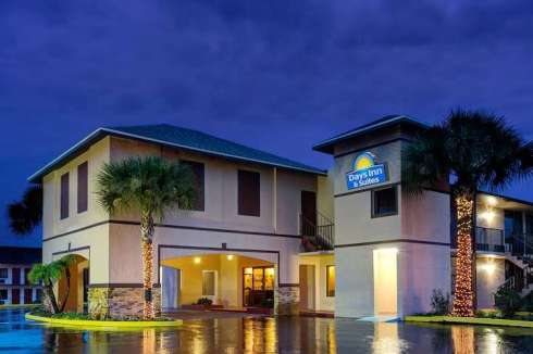 Days Inn by Wyndham Kissimmee West- explorethe6.com