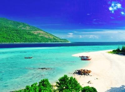 Things To Do In Southeast Asia Koh Lipe - https://explorethe6.com/